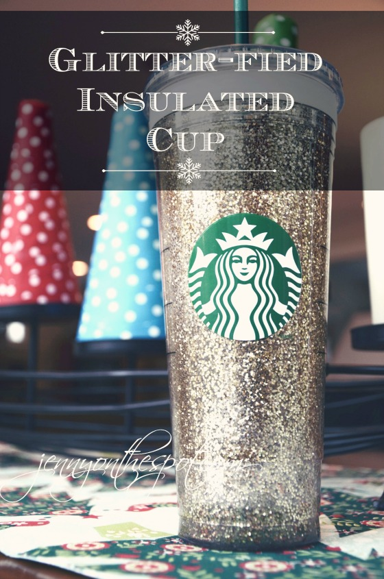DIY Glittered Starbucks cup via @jennyonthespot // www.jennyonthespot.com