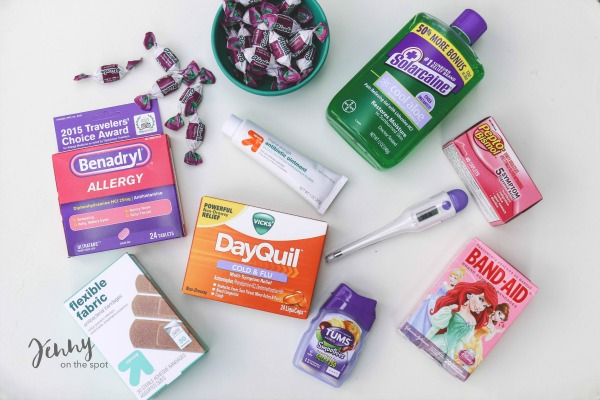 13 College Student Must-Haves - The Dorm Edition - First Aid Kit via @jennyonthespot